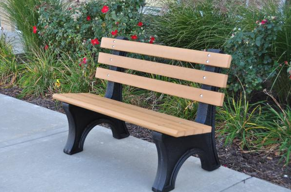Recycled Comfort Bench