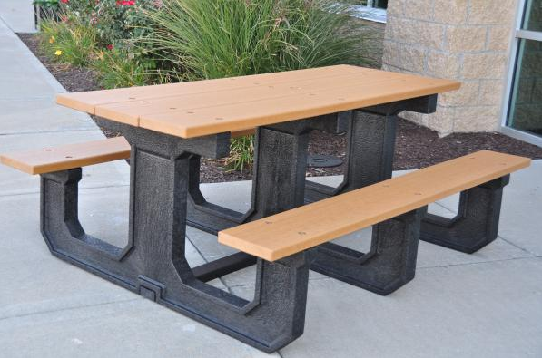 Broadway Picnic Table