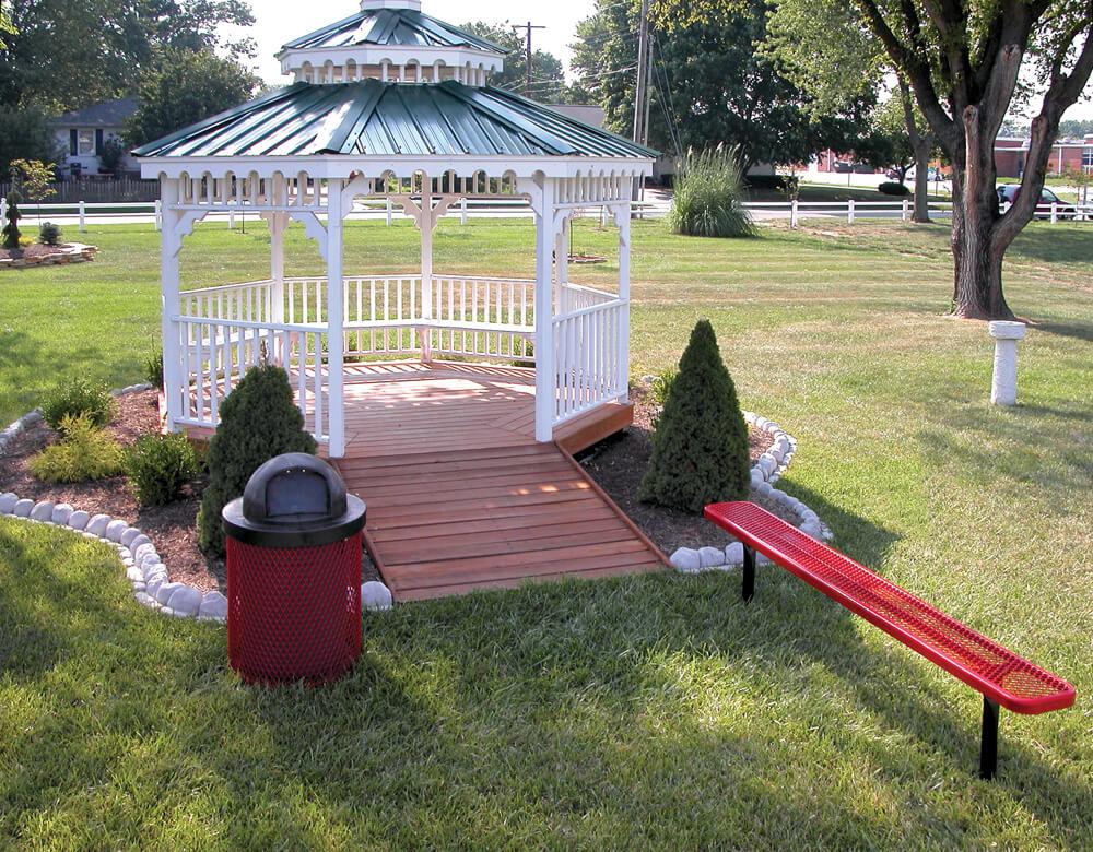 942s_inground_bench_red