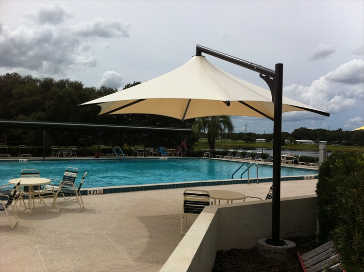 Vista Offset Outdoor Umbrellas